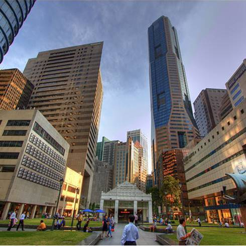 Doing business in Singapore or in Hong Kong? A comparison.