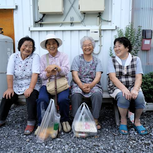 How the ageing population in Japan leads to opportunities in the healthcare industry